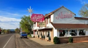 Visit Arshel's Cafe, The Small Town Diner In Utah That's Been Around Since The 1920s