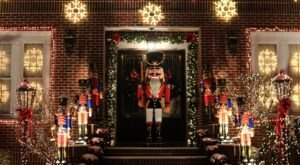 5 Christmas Lights Displays In New York That The Whole Family Can Enjoy