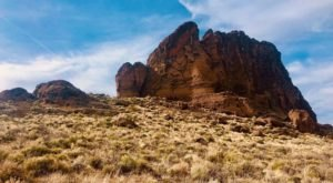 Fort Rock Loop In Oregon Is Full Of Awe-Inspiring Rock Formations