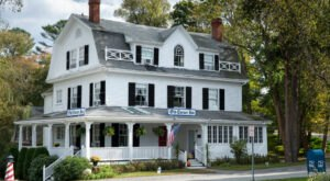 Spend A Cozy Night At The Old Corner Inn, A 155-Year-Old B&B In Massachusetts