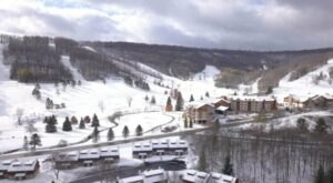 Here's Why This Holiday Valley Ski Resort In New York Is Named The Aspen Of The East