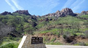 The Grotto Trail In Southern California Will Transport You To Another World