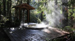 Soak In A Hot Tub Surrounded By Natural Beauty At These 5 Cabins In Oregon