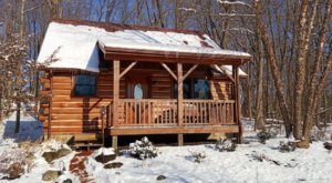 Enjoy A Cozy Winter Getaway With Your Person At This Amazingly Romantic Indiana Cabin Experience