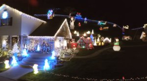 This Footage Of A Massive Christmas Display In The Middle Of Nowhere, West Virginia Proves It's Worth The Trip