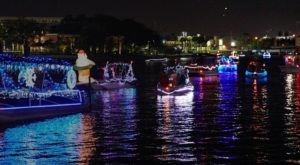 7 Of The Best Holiday Boat Parades In Florida To Enjoy From Land Or Sea