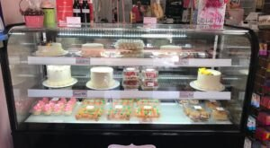 Be Dazzled By The Creative Cakes Baked By The Goodie Girls Cake Shoppe Near Pittsburgh