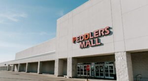 With 15 Flea Market Locations In Kentucky, Peddlers Mall Is A Bargain Hunter's Dream Come True