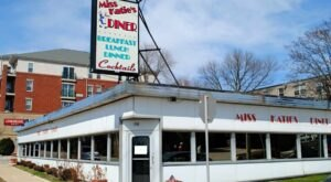 You'll Absolutely Love This 50s Themed Diner In Wisconsin