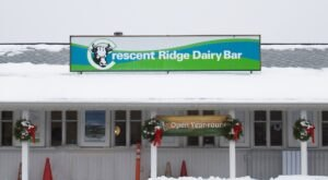 Crescent Ridge Dairy In Massachusetts Has Frozen Pudding Ice Cream That's Made From A 50-Year-Old Recipe