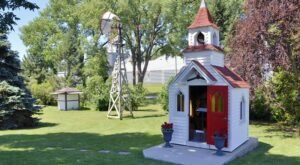 Morning Star Chapel Is One Of The Smallest Churches In The Country And You Can Find It In Iowa