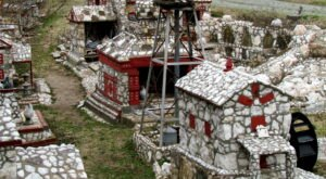 Shangri-La Stone Village In North Carolina Just Might Be The Strangest Tourist Trap Yet