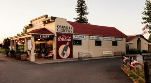 Northern California's Oldest Continuously Operated Grocery Store, Oakville Grocery Is A True Gem To Visit