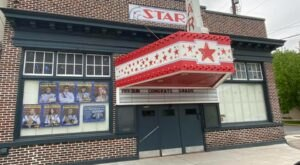 See $5 Movies At A 100-Year-Old Theatre In Berkeley Springs, West Virginia