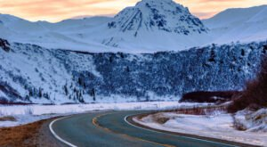 Everyone In Alaska Should Take This Underappreciated Scenic Drive