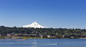This Weekend Itinerary Is Perfect For Exploring Hood River in Oregon