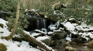 These 5 Waterfall Hikes In Tennessee Are Even More Beautiful In The Wintertime