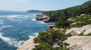 There Are Endless Scenic Views Along The Route At The Ocean Path  In Maine
