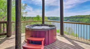 Soak In A Hot Tub Surrounded By Natural Beauty At These 4 Cabins In Kentucky