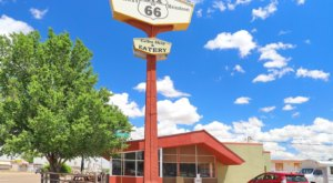 Enjoy An Old-Fashioned Burger At These 7 Underrated Route 66 Diners In New Mexico