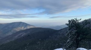Bearfence Trail Is A Short And Sweet Mountain Trail In Virginia With 360-Degree Winter Views