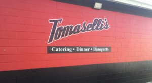 Feast On 50 Cent Wings And Pint-Sized Takeout Cocktails At Tomaselli's In Rhode Island