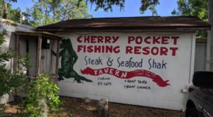 A Secluded Restaurant In The Florida Countryside, Cherry Pocket Is One Of The Most Charming Places You'll Ever Eat