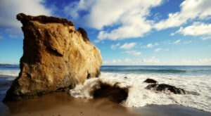 El Matador Beach Trail In Southern California Is Full Of Awe-Inspiring Rock Formations