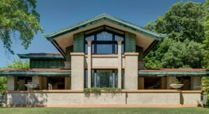 Frank Lloyd Wright Made His Architectural Mark In Illinois With These 6 Houses