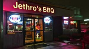The Huge Portions Of Homestyle Food Have Made Jethro's BBQ An Iconic Iowa Establishment