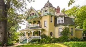 Stay The Night At This Stunning Victorian Bed & Breakfast In Georgia, Sugar Magnolia