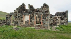 Visit These Fascinating Ghost Town Ruins In Idaho For An Adventure Into The Past