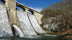 This Hike At Maryland's Prettyboy Reservoir Is Full Of Natural Beauty And Leads To An Incredible Giant Dam