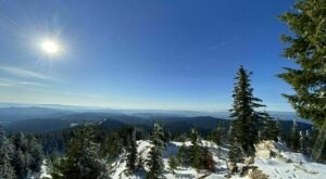 For The Ultimate Winter Hike In Washington, Head To The Quartz Mountain Lookout