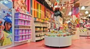You'll Want To Visit The Gigantic IT'SUGAR Candy Store In New Jersey Over And Over Again