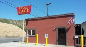 The Best Mexican Food Meal Of Your Life Awaits At J & R's El Rey In Small-Town Arizona