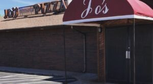 For Almost 50 Years, Jo's Famous Pizza Has Been Serving Some Of The Most Mouthwatering Pizza In Oklahoma
