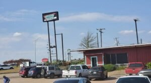 Come To Hot Rodz Diner In Texas For A Delicious Blast From The Past