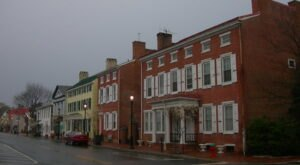 Smyrna Is Allegedly One Of Delaware's Most Haunted Small Towns