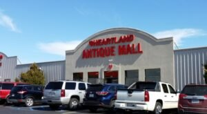 Discover A Treasure Trove Of Antiques At Heartland Antique Mall In Missouri