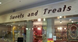 The Absolutely Whimsical Candy Store In Iowa, Sweets and Treats, Will Make You Feel Like A Kid Again