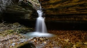 The Gorgeous 4-Mile Hike In Arkansas' Boxley Valley That Will Lead You Past Waterfalls And Grottos
