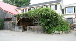 You Can Dine In An Actual Horse Stall At This Rustic Steakhouse In A Former New Hampshire Barn