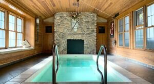 With A 20-Foot-Long Hot Tub, Adeline's House Of Cool In Wisconsin Is The Ultimate Relaxation Destination