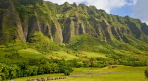 Rent An ATV In Hawaii And Go Off-Roading Through They Valleys And Mountains Of Jurassic Park