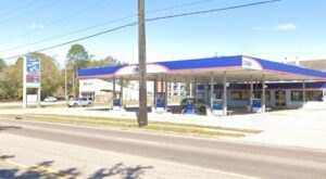 A Visit To This Unassuming Mississippi Gas Station Will Take You Straight To Sandwich Heaven