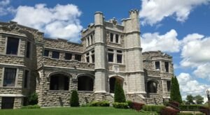 Pythian Castle Is The Hidden Castle In Missouri That Almost No One Knows About