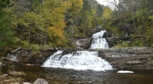 Take An Easy Loop Trail Past Some Of The Prettiest Scenery In Connecticut On Kent Falls Red And Yellow Loop Trail