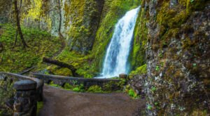 The Wahkeena Falls Loop Trail In Oregon Is A Winter Hike You Won't Want To Miss