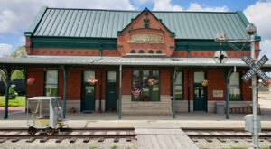 There's Only One Remaining Train Station Like This In All Of Iowa And It's Magnificent